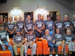 WW2 vets with T-shirts_1